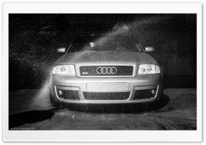Audi RS6 getting a wash