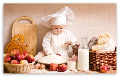 Download Baby Chef UltraHD Wallpaper