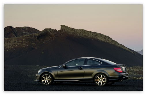 Download Mercedes Benz C Coupe UltraHD Wallpaper