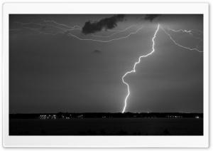 Lightning Monochrome