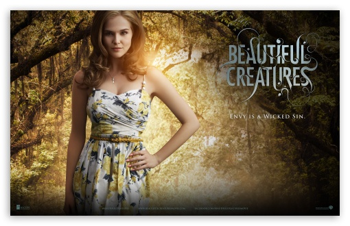 Download Beautiful Creatures - Emily UltraHD Wallpaper