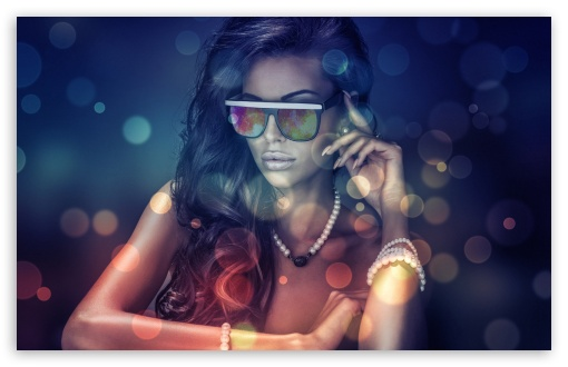Download Girls Glasses UltraHD Wallpaper