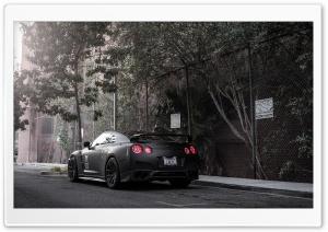 Nissan GT-R Black