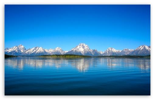Download Mountain Range Skyline UltraHD Wallpaper