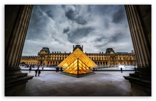 Download Louvre HDR UltraHD Wallpaper