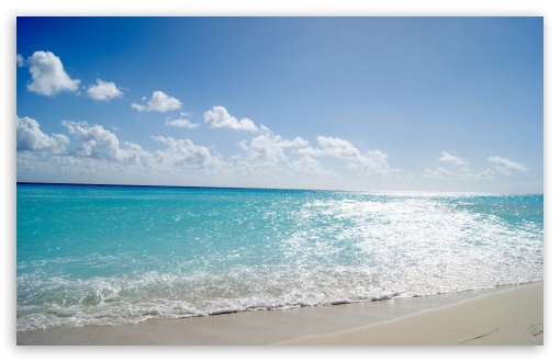 Download Tropical Beach UltraHD Wallpaper