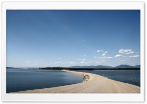 Williston Lake, Mackenzie,...