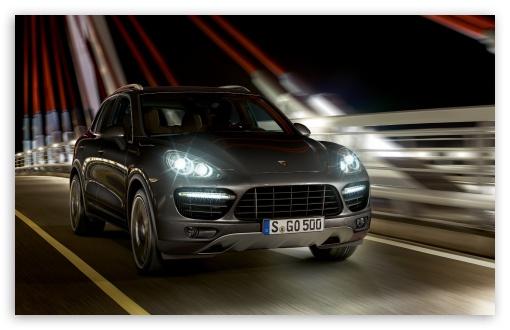 Download Porsche Cayenne Turbo Night UltraHD Wallpaper