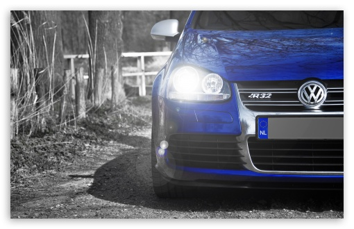 Download Volkswagen Golf R32 Blue UltraHD Wallpaper