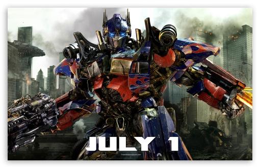 Download Transformers: Dark of the Moon - Optimus Prime UltraHD Wallpaper