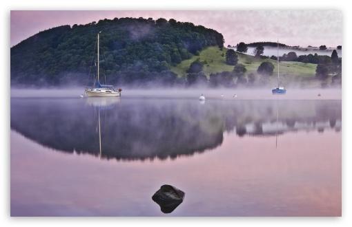 Download Morning Lake Mist UltraHD Wallpaper