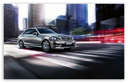 Download 2013 Mercedes Benz C Class UltraHD Wallpaper