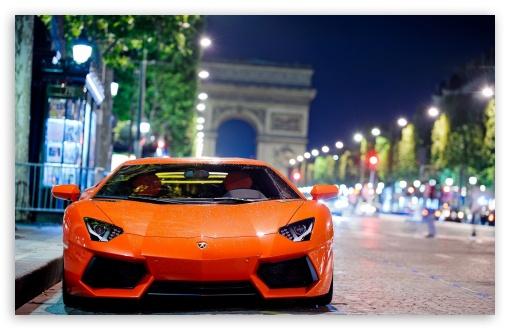 Download Lamborghini Aventador Night Shot UltraHD Wallpaper