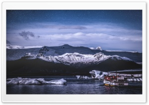 Jokulsarlon Glacial Lake,...