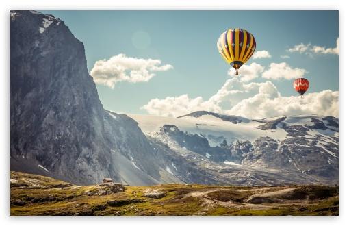 Download Hot Air Balloons in the Air UltraHD Wallpaper