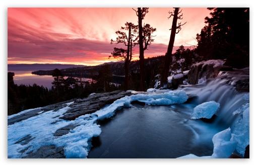 Download Emerald Bay, California UltraHD Wallpaper