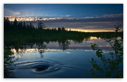 Download Lake At Twilight UltraHD Wallpaper
