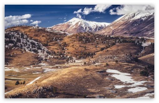 Download Gran Sasso Mountain UltraHD Wallpaper