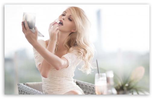 Download Sexy Girl UltraHD Wallpaper