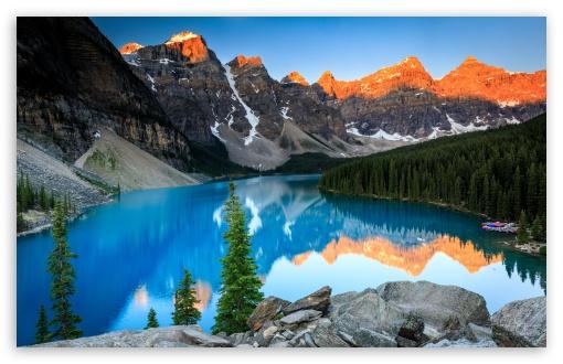 Download Beautiful Moraine Lake, Sunrise UltraHD Wallpaper
