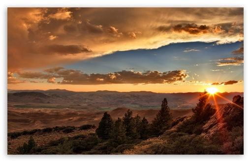 Download Sunset Over Desert UltraHD Wallpaper
