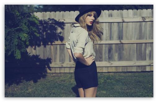 Download Taylor Swift UltraHD Wallpaper