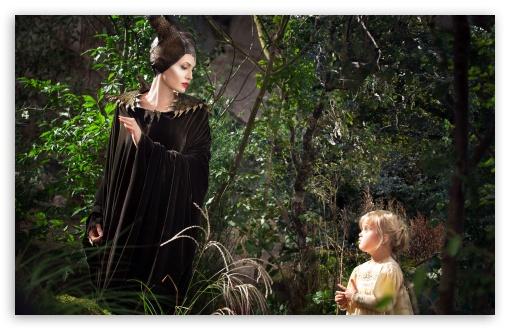 Download Maleficent Scene UltraHD Wallpaper