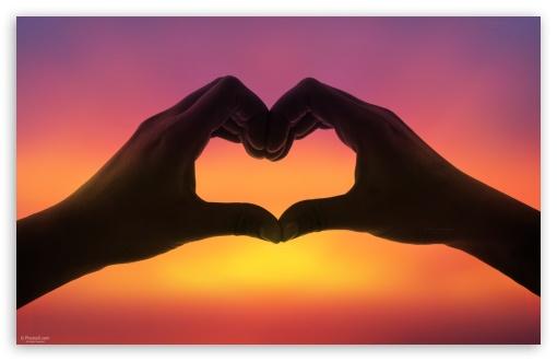 Download Hands Love Heart at Sunset UltraHD Wallpaper