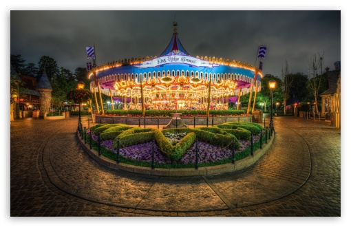 Download Carrousel UltraHD Wallpaper