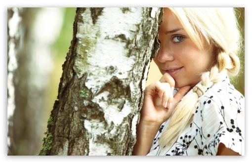 Download Girl Hiding Behind Tree UltraHD Wallpaper