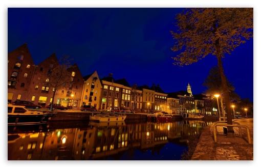 Download Groningen At Night UltraHD Wallpaper