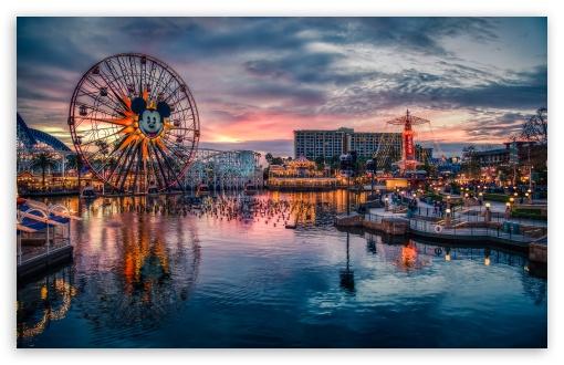 Download Mickeys Fun Wheel UltraHD Wallpaper
