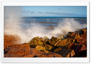 Splashing Wave Long Exposure