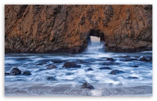 Download Pfeiffer Beach Big Sur UltraHD Wallpaper