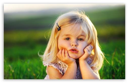 Download Cute Baby Girl UltraHD Wallpaper