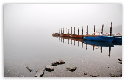 Download Fog On The Lake UltraHD Wallpaper