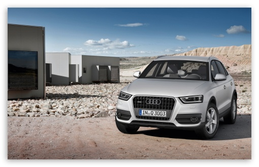 Download Audi Q3 Silver UltraHD Wallpaper