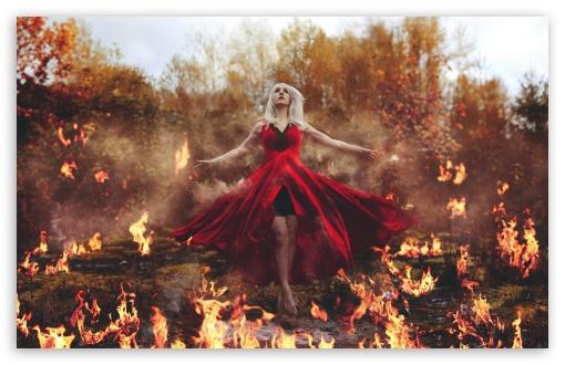 Download Girl on Fire UltraHD Wallpaper