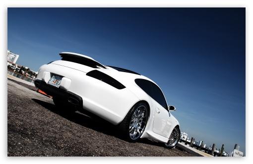 Download Porsche 911 White UltraHD Wallpaper