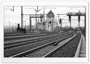 Dresden Train Station Black...