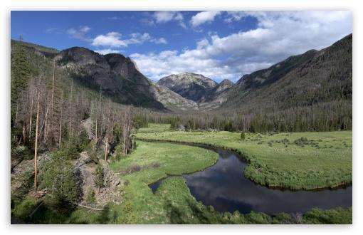 Download Winding Mountain River UltraHD Wallpaper
