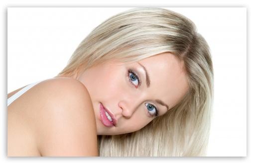 Download Blonde Girl UltraHD Wallpaper