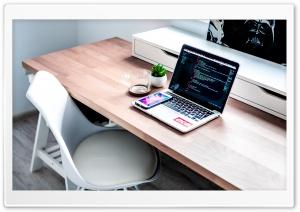 Laptop, Smartphone, Desk