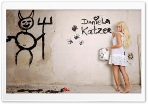 Daniela Katzenberger Painting