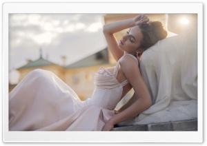 Model Poses Wedding