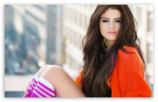Download Selena Gomez 2013 UltraHD Wallpaper