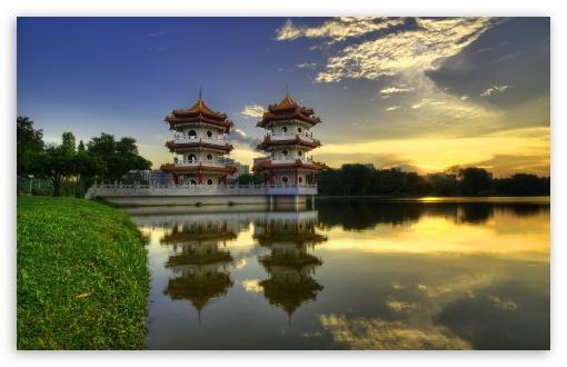 Download Temple Reflections UltraHD Wallpaper