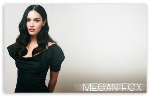 Download Megan Fox (2011) UltraHD Wallpaper