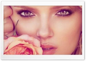 Beautiful Model Lily Donaldson