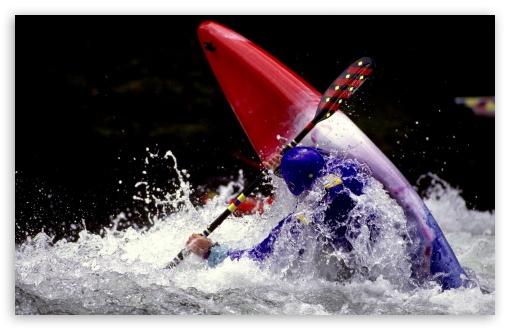 Download Navigating Whitewater UltraHD Wallpaper